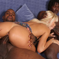 Erica Fontes spreading her Legs to two hung black Bulls from Blacks on Blondes